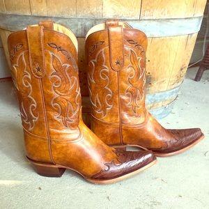 Women's Tony Lama boots. NWT!!